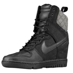timeless design 8c17e 9ee2f Nike Dunk Sky Hi Sneaker Boot - Women s