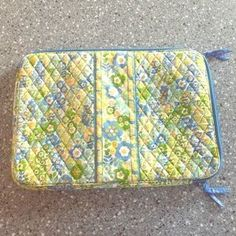 "I just discovered this while shopping on Poshmark: Authentic Vera Bradley laptop cover NWOT. Check it out! Price: $20 Size: 17"" laptop"