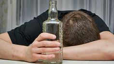 Wie gefährlich ist eine Alkoholintoxikation? - https://www.gesundheits-frage.de/8422-wie-gefaehrlich-ist-eine-alkoholintoxikation.html