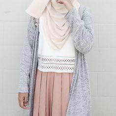 Ootd and more of my friends, the loveliest bunch ✨ hijabi fa Street Hijab Fashion, Modern Hijab Fashion, Muslim Fashion, Look Fashion, Skirt Fashion, Modest Fashion, Fashion Outfits, Hijab Style, Casual Hijab Outfit