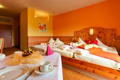 Romantik Zirbenbetten #Thermenhotel #Puchas Plus #Stegersbach