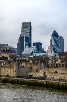 London Old & New by chriswtaylor #travel #traveling #vacation #visiting #trip #holiday #tourism #tourist #photooftheday #amazing #picoftheday
