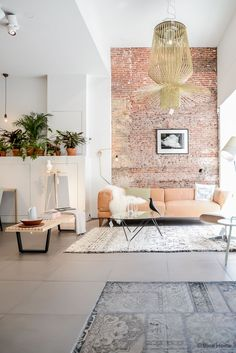 .: Mobilia Amsterdam Bintihome, Peaches Sofas, Living Rooms, Color Schemes, Interiors Design, Peaches Couch, Brick Walls, Gold Chandeliers, Amsterdam Brick