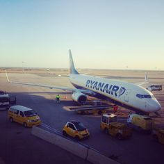 A pro-traveller's guide to flying Ryanair. All my secret tips and tricks that make flying with Ryanair hassle-free and simple.