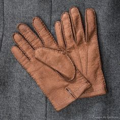 Gold Genuine peccary gloves cashmere lined Omega Guanti Naples, Im Not Perfect, Gloves, Unique, Leather, Handmade, Crafts, Fashion, Hand Made