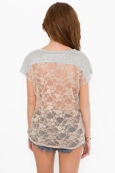 I love a top with a cute back! Comfy but stylish at the same time :)