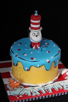 Cat in the Hat cake / andrea sullivan