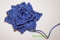 TANT GRÖN: Virka en midsommarkrans Drawstring Backpack, Crochet Patterns, Crochet Hats, Fashion, Knitting Hats, Moda, Fashion Styles, Crochet Pattern, Crochet Tutorials