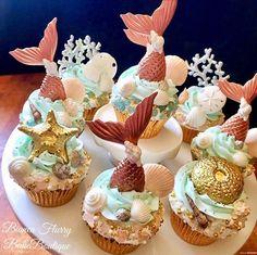 Elegant Rose Gold Fondant Mermaid Tails, Seashells And Sand Dollar Cupcakes TheIcedSugarCookie.com Bianca Flurry Bake Boutique