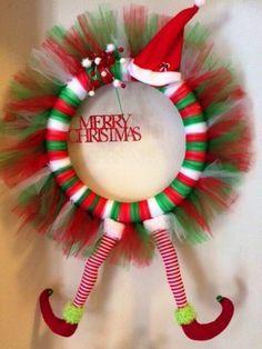 Ideas Para Trabajar En Casa Como Hacer Coronas Navideñas De Tul Para Vender Coronas Navideñas Como Hacer Coronas Coronas De Puertas Navidad