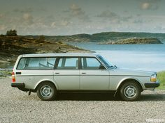 1983 Volvo wagon.  Maintenance/restoration of old/vintage vehicles: the material for new cogs/casters/gears/pads could be cast polyamide which I (Cast polyamide) can produce. My contact: tatjana.alic@windowslive.com