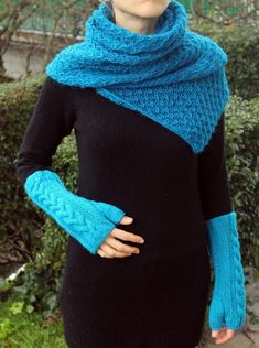 Knitted – Knitted loop scarf, blue  – a unique product by Goxua on DaWanda