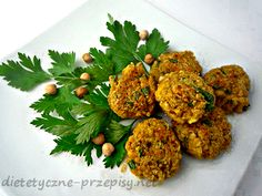 Dzisiaj chcę się z Wami podzielić przepisem na znane arabskie danie czyli falafel. Są to pyszne kotleciki ze zdrowych i bogatych w białko ziaren ciecierzycy. Doskonałe na przekąskę. Białko roślinne…