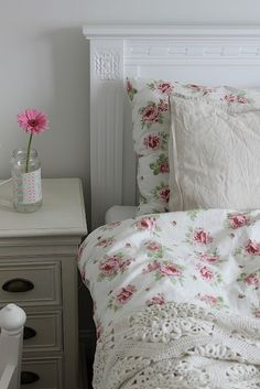 Love the quilt cover and the crocheted blanket.