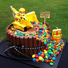 Paw Patrol - Rubble birthday cake - could be a good development on last year's digger cake for the little man's birthday! Paw Patrol Birthday Cake, 4th Birthday Cakes, Paw Patrol Party, Boy Birthday Parties, Baby Boy Birthday Cake, Third Birthday, Paw Payrol Birthday, Digger Birthday Cake, 3 Year Old Birthday Cake
