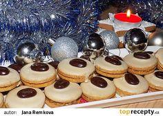 Kávová kolečka s kofilovým krémem - My site Christmas Sweets, Christmas Candy, Christmas Baking, Slovak Recipes, Czech Recipes, Le Chef, Mocca, Biscuit Recipe, Holiday Cookies