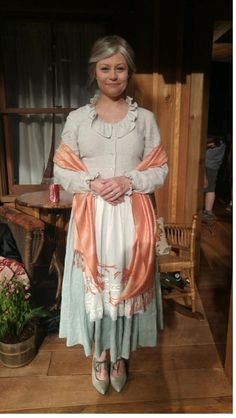 Belle in Season Once Cast, It Cast, Emilie De Ravin, Robert Carlyle, Season 7, Ouat, Once Upon A Time, Saree, Abc News