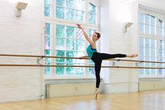 Julia beim Training (Ballettschule Papillon, Berlin Ostkreuz)