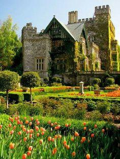 Hatley Castle | Victoria, Vancouver Island, British Columbia, Canada | via Wonderful Castles In the World on Facebook