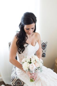 Donate your wedding flowers to give them a second life and bring a smile to those in need