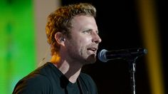 TBT: Dierks Bentley Performs Heartwarming Duet With His Daughter ...