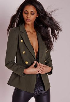 Naomi G, a fashion adventuress