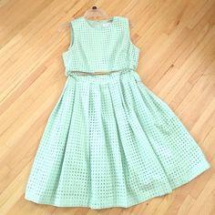 NWOT Mint Dress with Belt Adorable zipper back Calvin Klein mint colored dress. Size 10 Calvin Klein Dresses