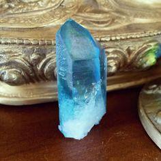 Aqua Aura Crystal Point. Aqua Aura crystals protect you and increase psychic abilities