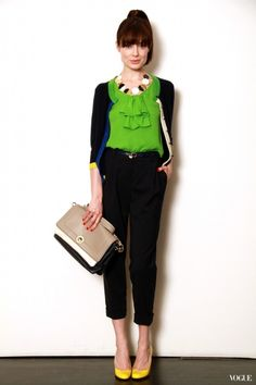 Love the green top with the Audrey Hepburn-esque black cigarette pants!
