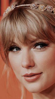 Estilo Taylor Swift, Long Live Taylor Swift, Taylor Swift Videos, Taylor Swift Hot, Taylor Swift Style, Red Taylor, Taylor Swift Pictures, Selena, Divas