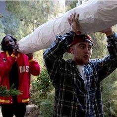 Snoop Dogg as Ja'Marcus - Scary Movie 5 Film Scary Movie 5, Arte Do Hip Hop, Marijuana Art, Cannabis, Stoner Art, Puff And Pass, Smoking Weed, Mood Pics, The Wiz
