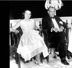 Atatürk'e Fısıldayan Cumhuriyet Divası Müzeyyen Senar