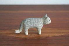 木彫りマメ猫_E