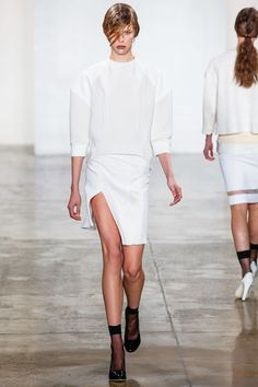 Louise Goldin Spring 2013 Ready-to-Wear Fashion Show
