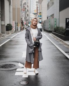 trendy camping outfits for women winter dresses Muslim Fashion, Modest Fashion, Fashion Outfits, Fasion, Latest Fashion For Women, Trendy Fashion, Womens Fashion, Fashion Vintage, Style Fashion
