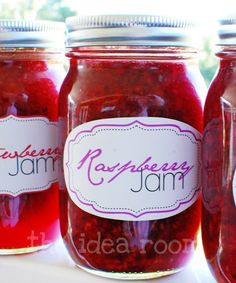 Free jam jar label printables; plus, links to 3 other websites with more free jam jar label designs