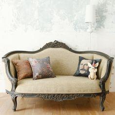NEWS & BLOG by Orne de Feuilles - love the simple lines of this décor....