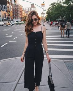 A curated selection of 45 trending outfits that will look perfect on you this spring season! More outfit ideas everyday! 60 Fashion, Fashion Night, Trendy Fashion, Fashion Dresses, Fashion Tips, Fashion Clothes, Womens Fashion, Classy Outfits, Trendy Outfits