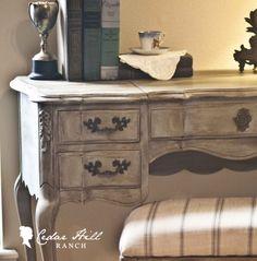 Vanity Redo: This vanity needed a fresh coat of farmhouse french when I found it. www.cedarhillfarmhouse.com