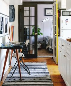 PR Dustin O Neal Tiny Apartment Home Tour | How one PR professional makes living in a tony, 300-square-foot apartment work. #refinery29 http://www.refinery29.com/pr-dustin-oneal-tiny-apartment-home-tour