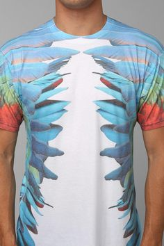 Feathers Tee #urbanoutfitters