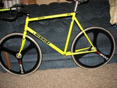Nishiki Altron - my first real triathlon bike (this one's not mine...I wonder where it is today?)