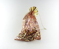 Red and gold gift pouch set of 10 7 pouches by IndianCraftsBazaar Small Gifts, Pouches, Craft Supplies, Beads, Gold, Crafts, Etsy, Jewelry, Beading