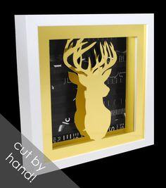 Cabeza de ciervo de oro en un shadowbox por colorstorydesigns