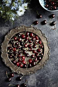 No-Bake Oreo Chocolate Cherry Tarts by Mowie Kay 03
