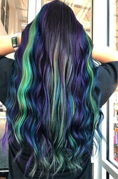 Maintenance Fantasy Hair Color Ideas 2019 Cool Hair Color, Hair Colors, Fantasy Hair Color, Love Hair, Hair Highlights, Messy Hairstyles, Hair Trends, Long Hair Styles, School
