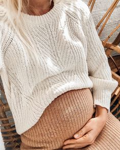 Neutral maternity clothes for a cute bump!You can find Pregnancy style and more on our website.Neutral maternity clothes for a cute bump! Stylish Maternity, Maternity Wear, Maternity Fashion, Maternity Styles, Maternity Swimwear, Stylish Pregnancy, Pregnancy Outfits, Pregnancy Tips, Pregnancy Style