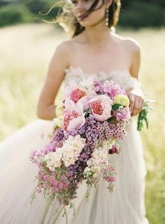 I just love this bouquet wish I'd seen it before I got married