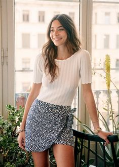 Essential Buying Guide for your Summer Minimalist Capsule Wardrobe Mode Outfits, Skirt Outfits, Fashion Outfits, Womens Fashion, Look Fashion, Autumn Fashion, Summer Outfits, Casual Outfits, Parisian Style