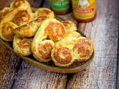 Cheese Palms   bakeatmidnite.com   #snacks #puffpastrysheets #appetizers